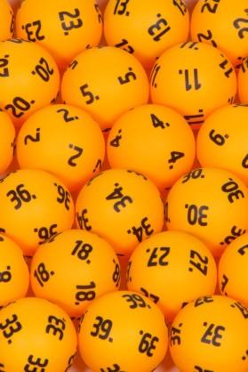 Lottopalloja