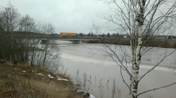 Huittisten tulvatorjuntaa 11.2.2016.
