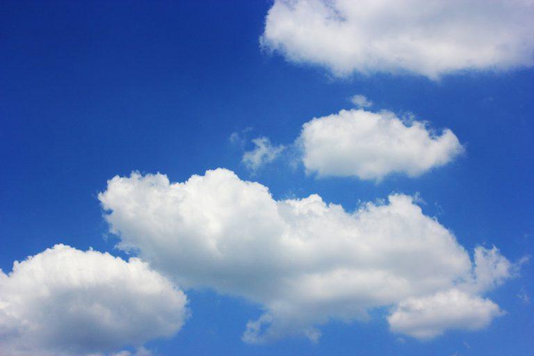 Taivas, pilvet, kesä