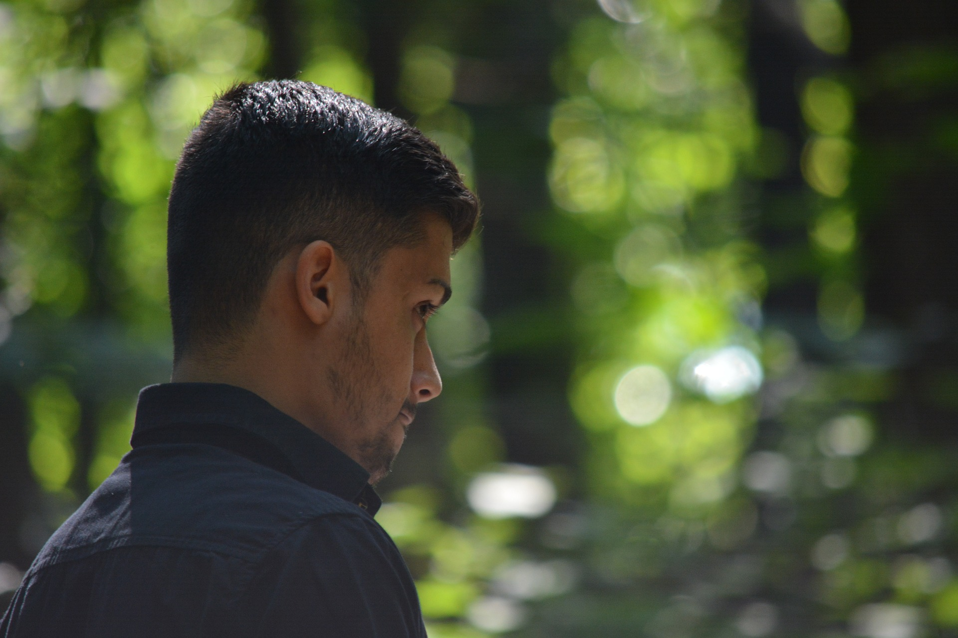 Pakolainen, turvapaikanhakija