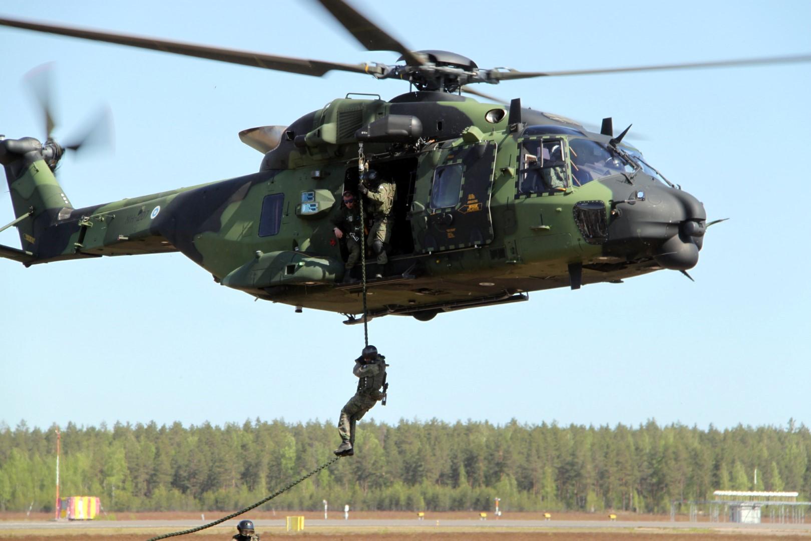 Puolustusvoimat, helikopteri