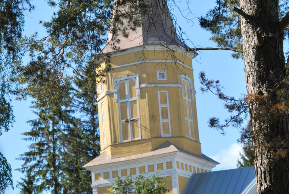 Lavian kirkko