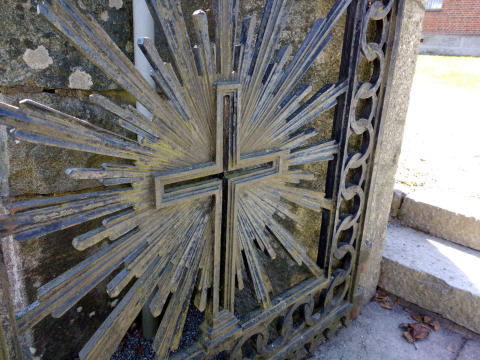 Seurakunta, kirkko, portti