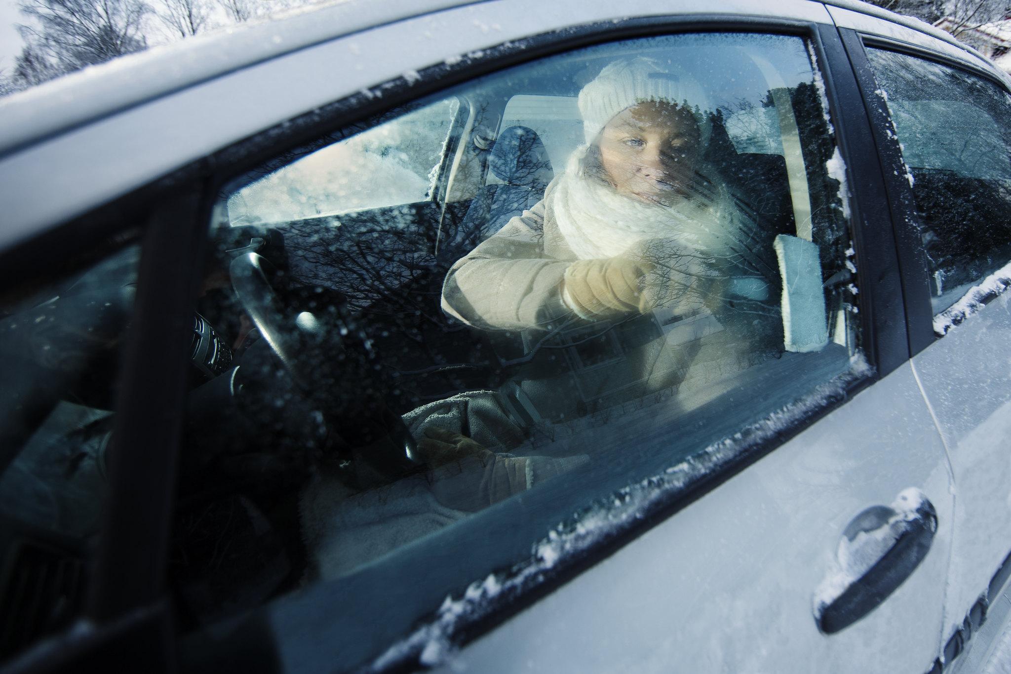 Pakkanen, auto, jää, ikkunat