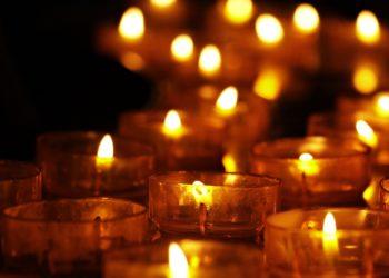 Kirkko, kynttilät