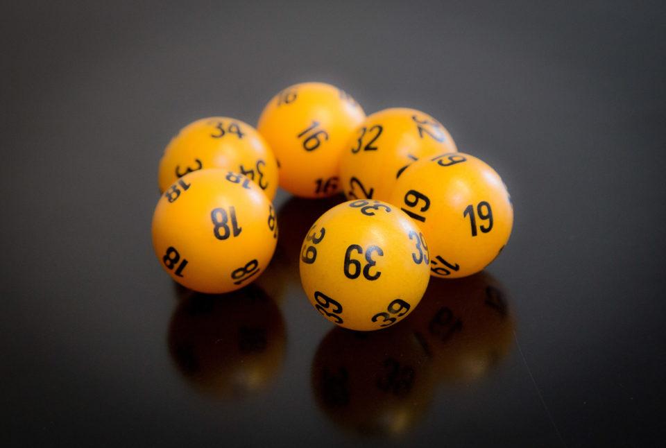 Lotto, Veikkaus