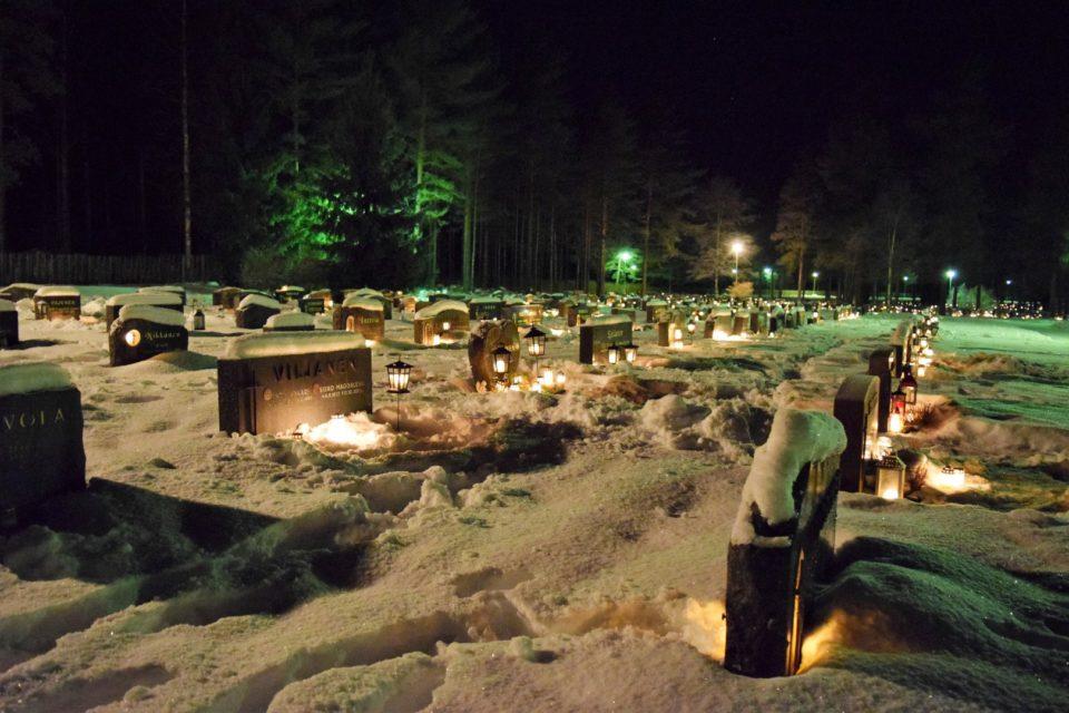 Joulu, hautausmaa