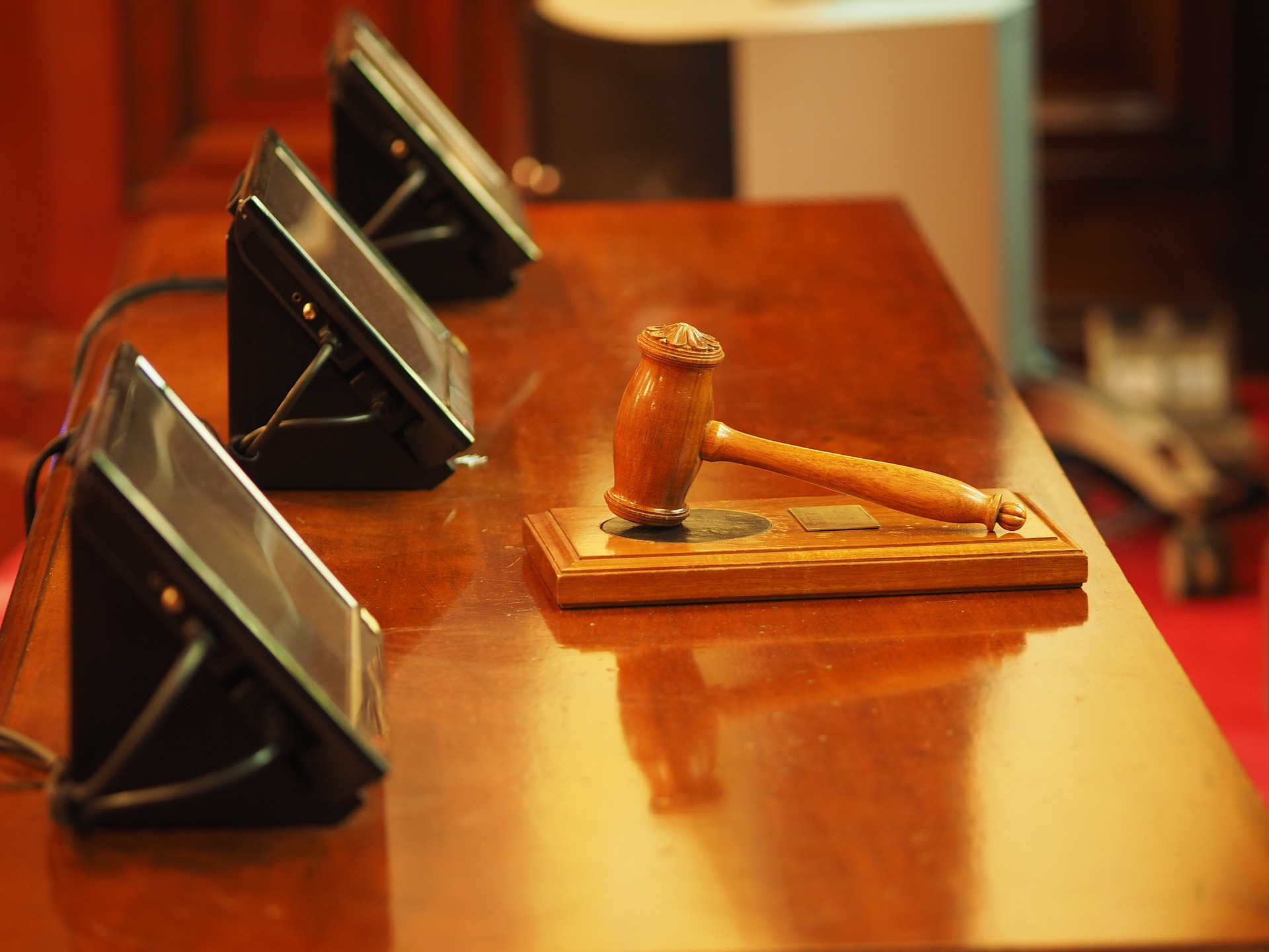 Oikeus, tuomari, tuomio